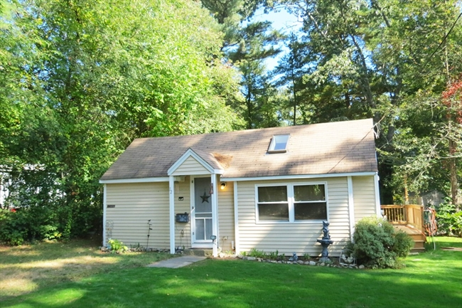 12 Carrie Street Lakeville MA 02347