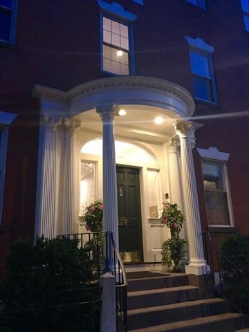 129 Essex Street Salem MA 01970