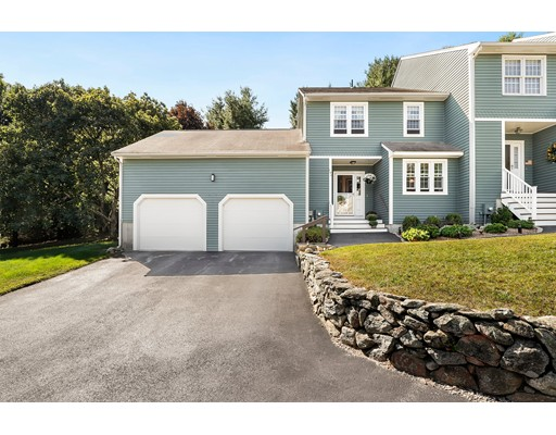 146 Laurelwood Dr 146, Hopedale, MA 01747