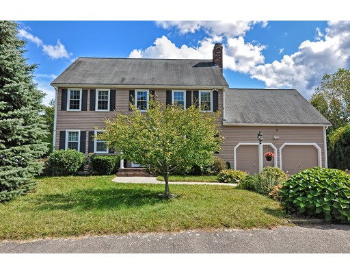 4 Shoreview Ln, Walpole, MA 02081
