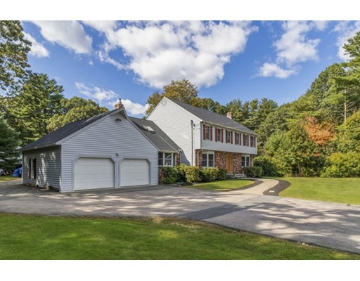 8 Kittredge St, Walpole, MA 02081