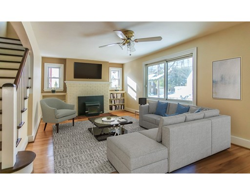 22 Maple Ter, Southbridge, MA 01550