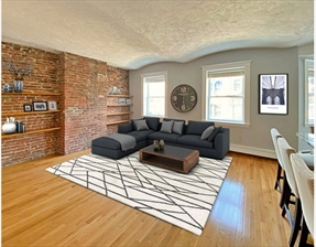 9 Battery St #8, Boston, MA 02109