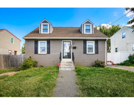 135 Derby Rd, Revere, MA 02151