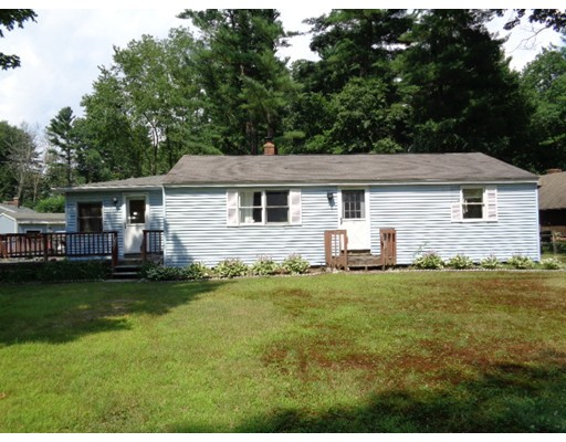 11 Old Acres Rd, Holland, MA 01521