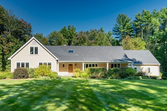 26 Donnelly Drive Dover MA 02030