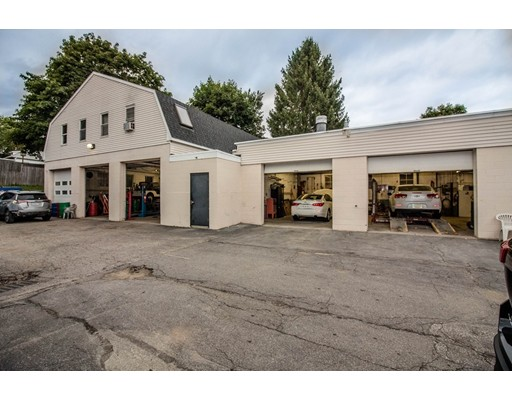 37 Main St, Spencer, MA 01562