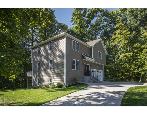 261 Amostown Rd, West Springfield, MA 01089