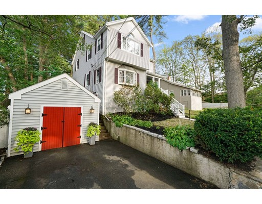 52 Great Pond Rd, Weymouth, MA 02190