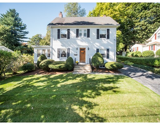 25 Wildrose Ave, Worcester, MA 01602