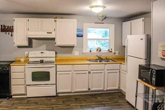 25 Turners Falls Road, Montague, MA: $179,900