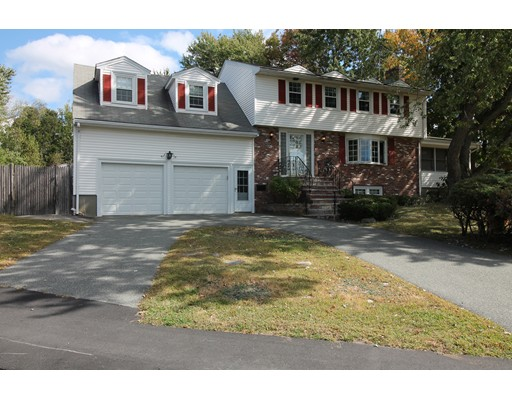 5 Connelly Circle, Braintree, MA 02184