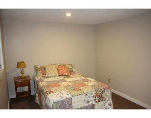 4 Whittier Road Ext, Natick, MA 01760
