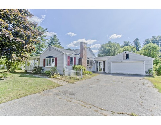 99 Willowbrook Dr, Springfield, MA 01129