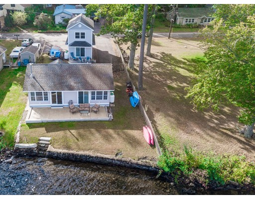 38 Coles Grove, Derry, NH 03038