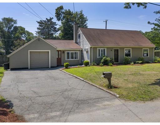 7 Fairfield Rd, Barrington, RI 02806