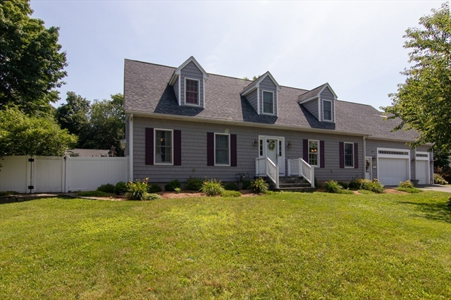 33 Wentworth Avenue North Andover MA 01845