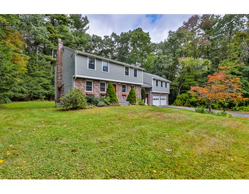 14 Livery Road, Chelmsford, MA 01824