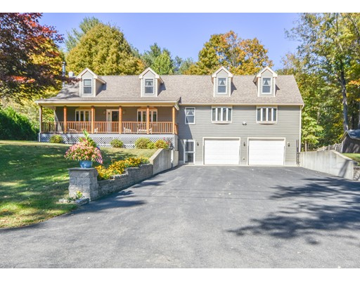 52 W Main St, Russell, MA 01071