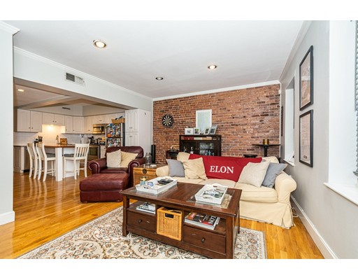 152 Prince St 6, Boston, MA 02113