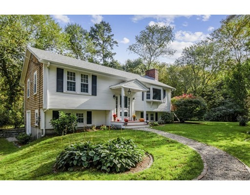 280 Willow St, Barnstable, MA 02668