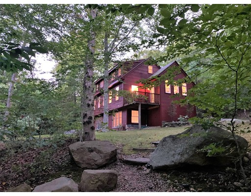 131 Indian Hill Rd, West Tisbury, MA 02575