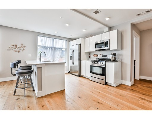 250 Meridian St 411, Boston, MA 02128