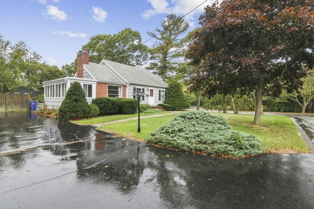 1 Colonial Road Bourne MA 02532