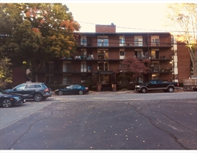 45 Oval Rd #14, Quincy, MA 02170