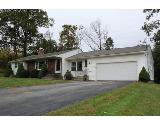 31 Mary Ann Dr, Worcester, MA 01606