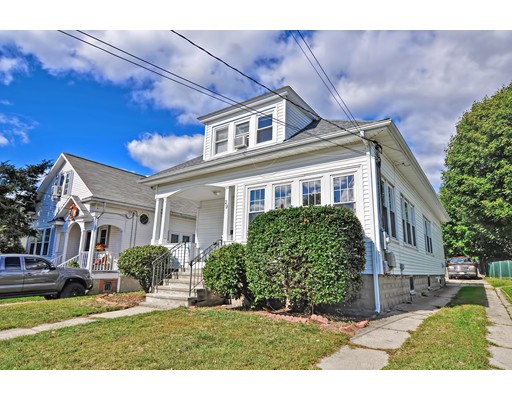 29 College Rd, Providence, RI 02908