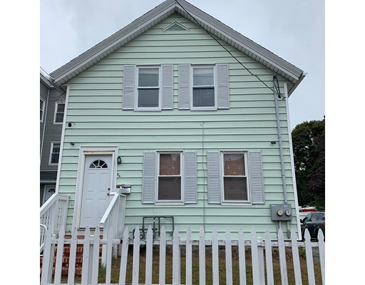 86 Andover St, Lawrence, MA 01843