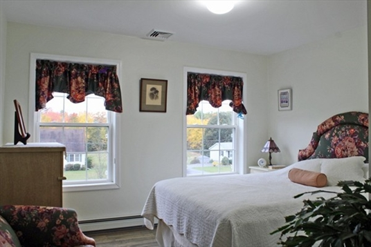 40 Gill Road, Bernardston, MA: $350,000