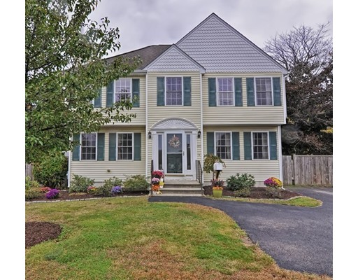 1347 Providence Rd, Northbridge, MA 01588
