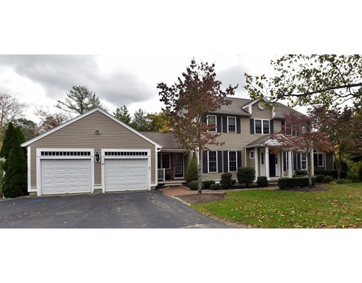 50 Bay Path Ln, Rockland, MA 02370