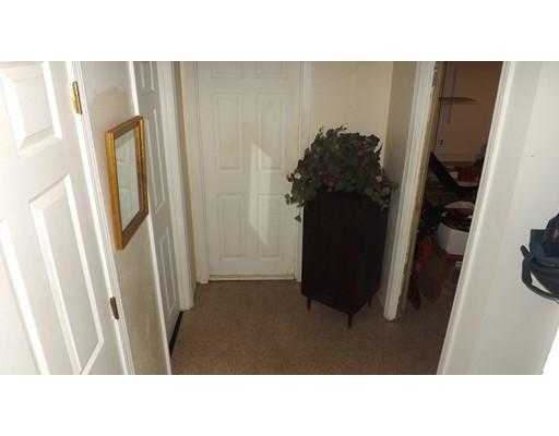 80 Briarwood Rd, Waltham, MA 02452