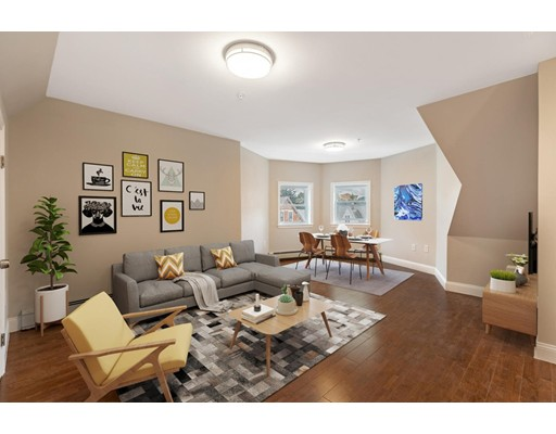 114 Waverly St Unit #3, Everett, MA 02149