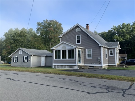 15 Summer St, Greenfield, MA: $259,000