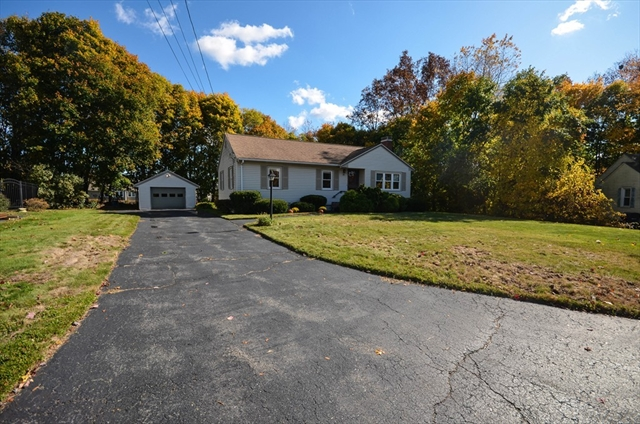 14 Beverly Road Grafton MA 01536