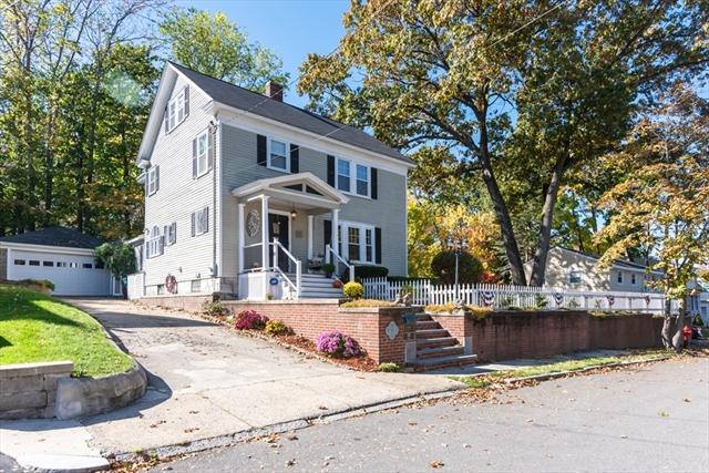 137 Hoyt Avenue Lowell MA 01852