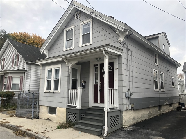 19 Fernald Street Lowell MA 01851