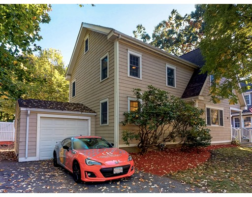 111 Clifford St, Melrose, MA 02176