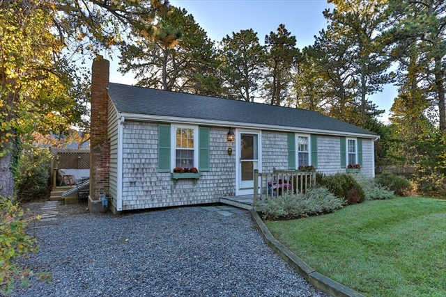 10 Huckleberry Lane Dennis MA 02639