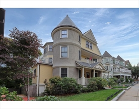 Property for sale at 40 Sawyer Ave - Unit: 3, Boston,  Massachusetts 02125