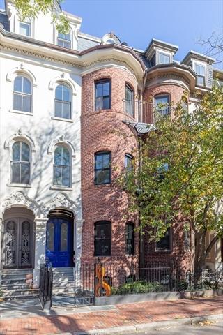 11 Rutland Square Boston MA 02118