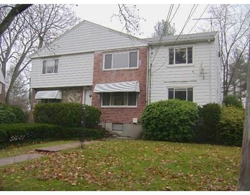 9-11 Glazer Rd, Newton, MA 02459