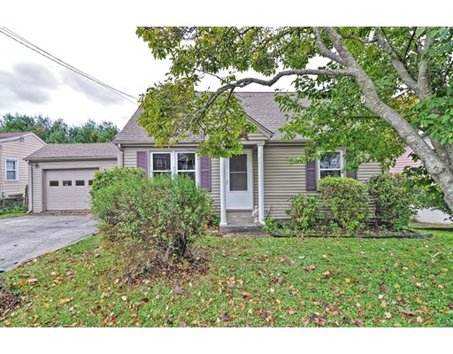 69 Sherry Ave, Bristol, RI 02809