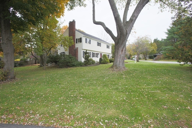 13 Forbes Lane Andover MA 01810