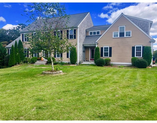 551 Bumps River Rd, Barnstable, MA 02655