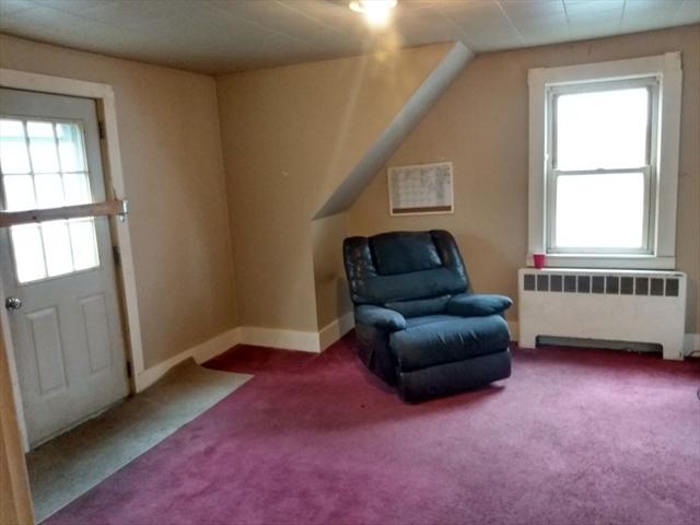 396 Pine Street Gardner MA 01440